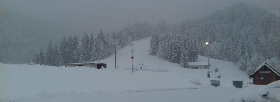 In še pogled v sneženo petkovo jutro ...