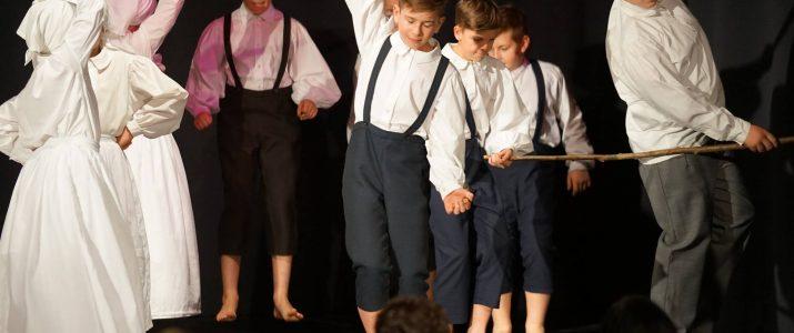 Folklorna skupina Škrjanček se je uvrstila na regijsko tekmovanje v Lenart